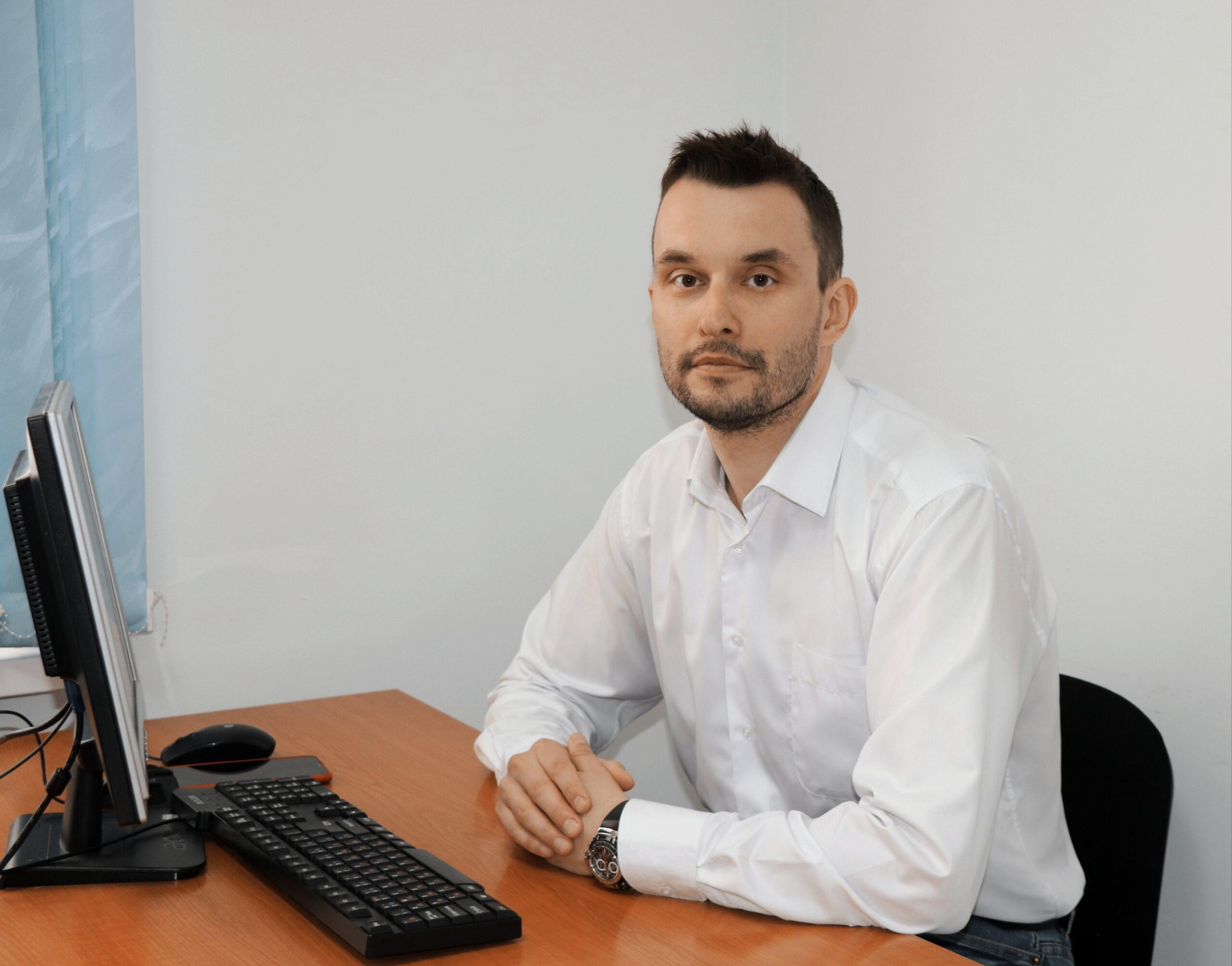 >Ерещенко Руслан Владимирович